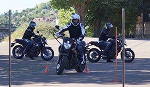 Conduire une moto 125 à 16 ans